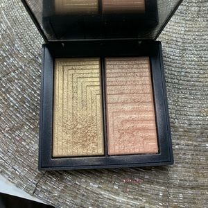 Nars duo highlighter